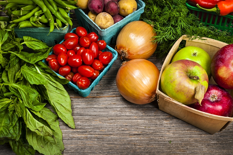 Incorporate plenty of fruits and vegetables into your diet for a healthy smile.