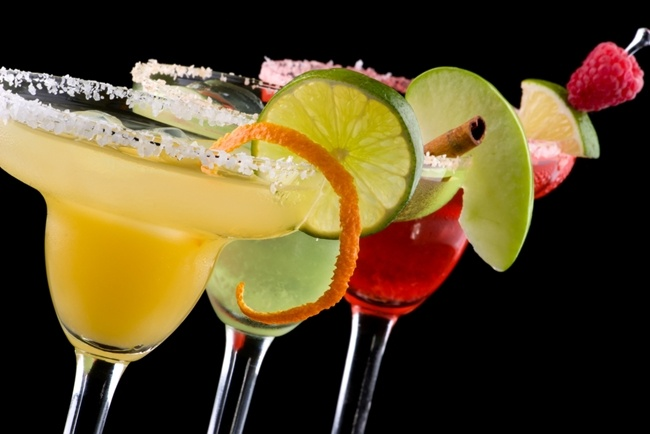 Ever-wonder-what-alcohol-is-really-doing-to-your-teeth_2020_40105329_0_14123633_650.jpg