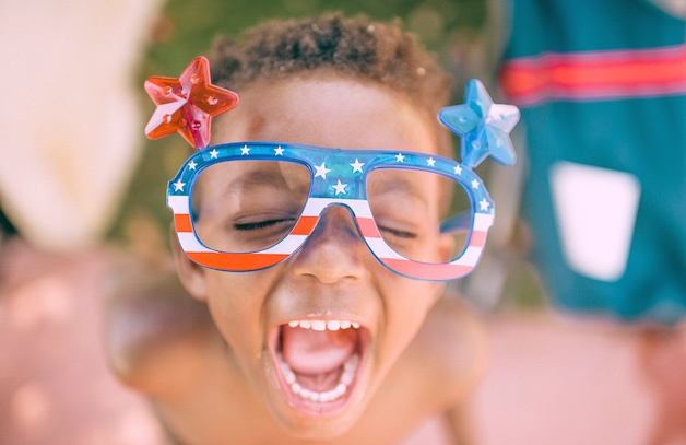 boy-american-flag-glasses