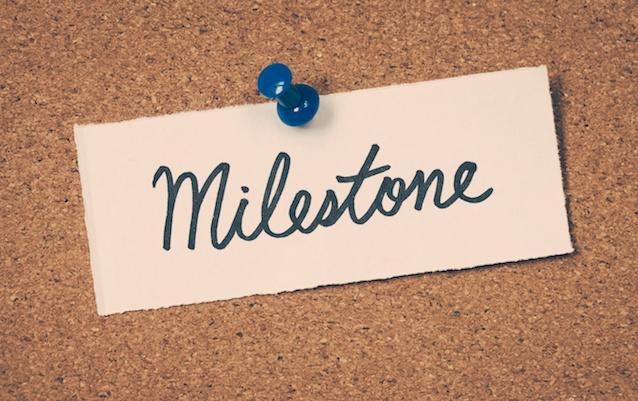 milestone-note-tack-corkboard